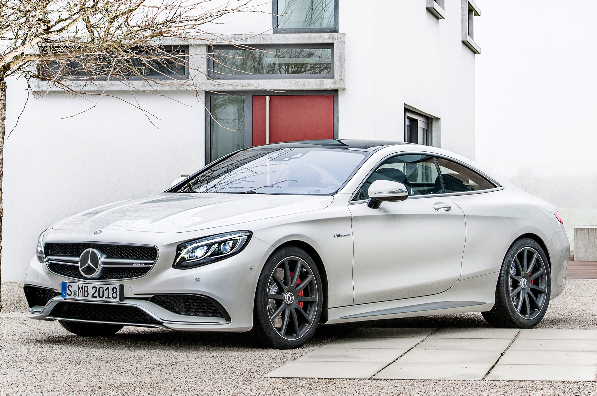 Mercedes Rolls Out S63 AMG Sedan At Rs 2.53 Crore