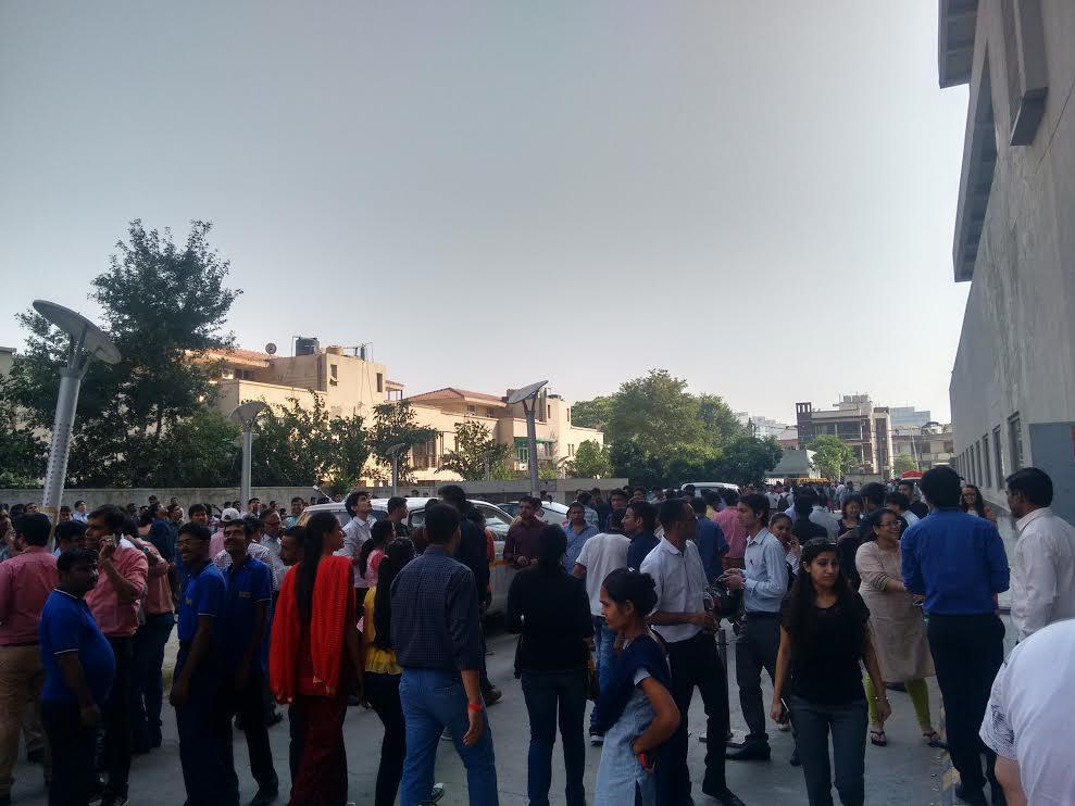 Earthquake, strikes, north India, tremors, Delhi-NCR, News Mobile, Mobile News, India