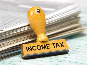 Income Tax, Viral, Fake news, NewsMobile, NewsMobile India