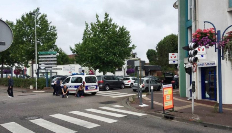 France, church, hostage, one, killed, two men