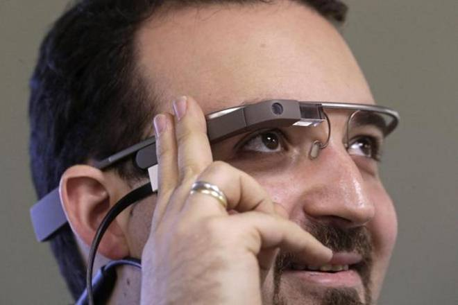 Google-Glass type 'smart' eyewear