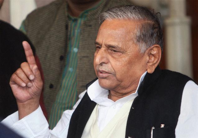 Mulayam Singh Yadav, Uttar Pradesh, Samajwadi Party, Akhilesh Yadav, Gayatri Prajapati