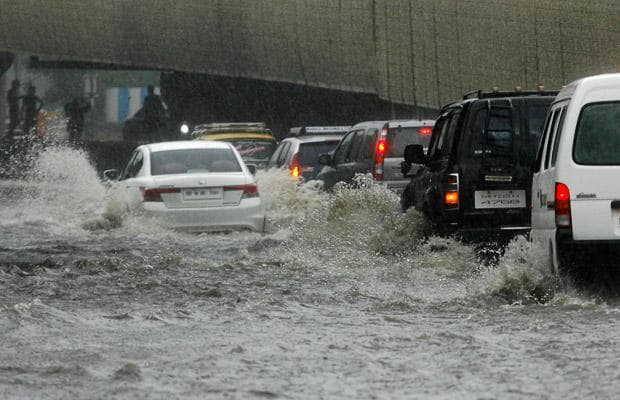 Maharashtra, Telangana.Santacruz , Colaba, heavy rains, BMC, local suburban, metropolis, Mumbaikars, heavy showers,