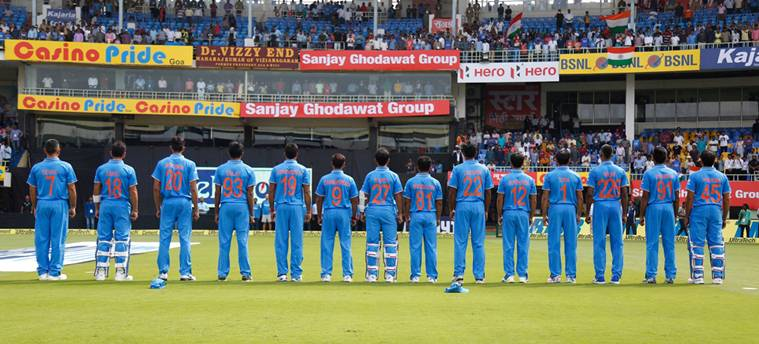 appreciate them, Mothers , MS Dhoni, tribute, names of their mothers, New Zealand , unique style of jerseys, ODI ,