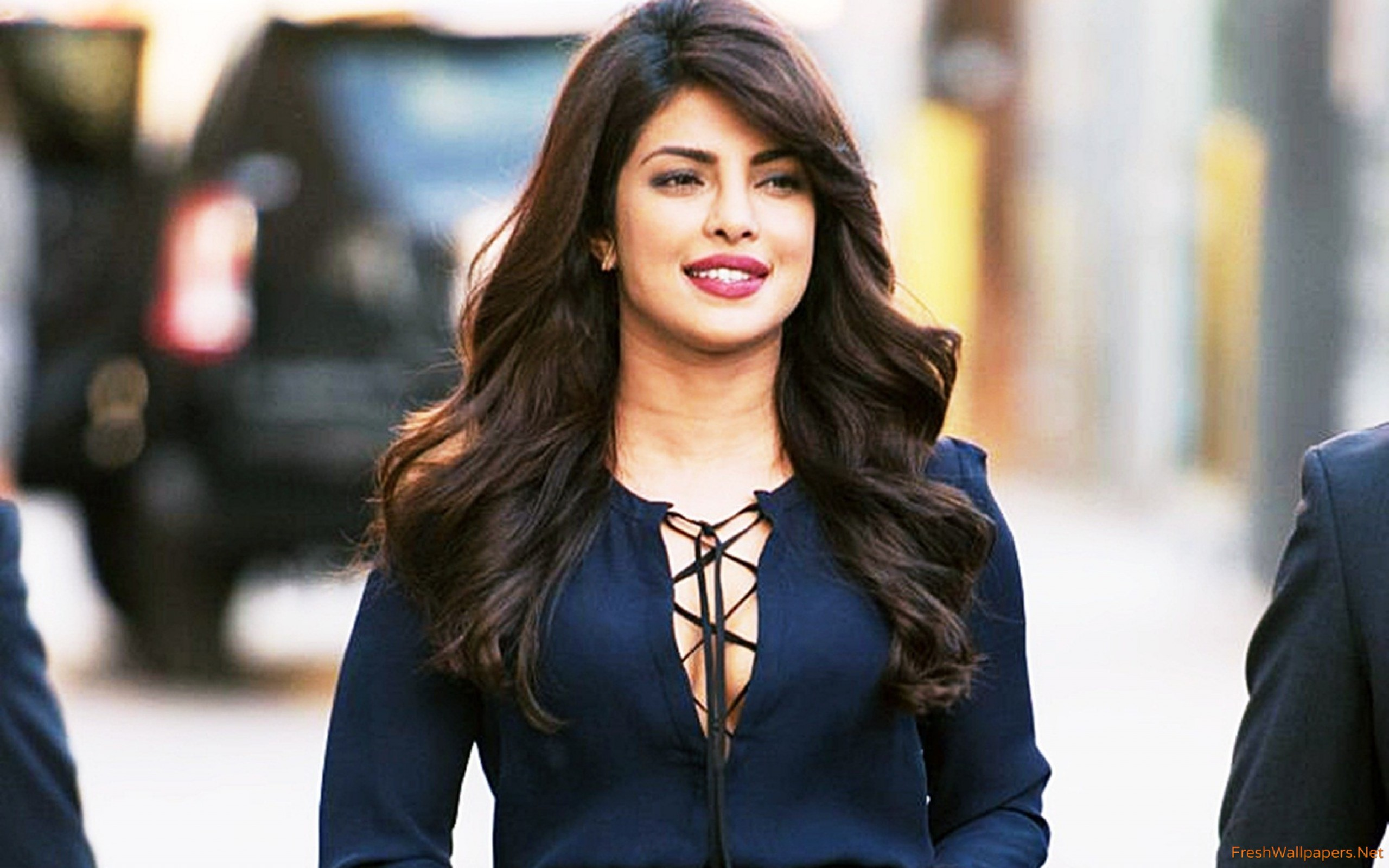 Check Out Priyanka Chopras Stunning Avatar At An Event In Nyc