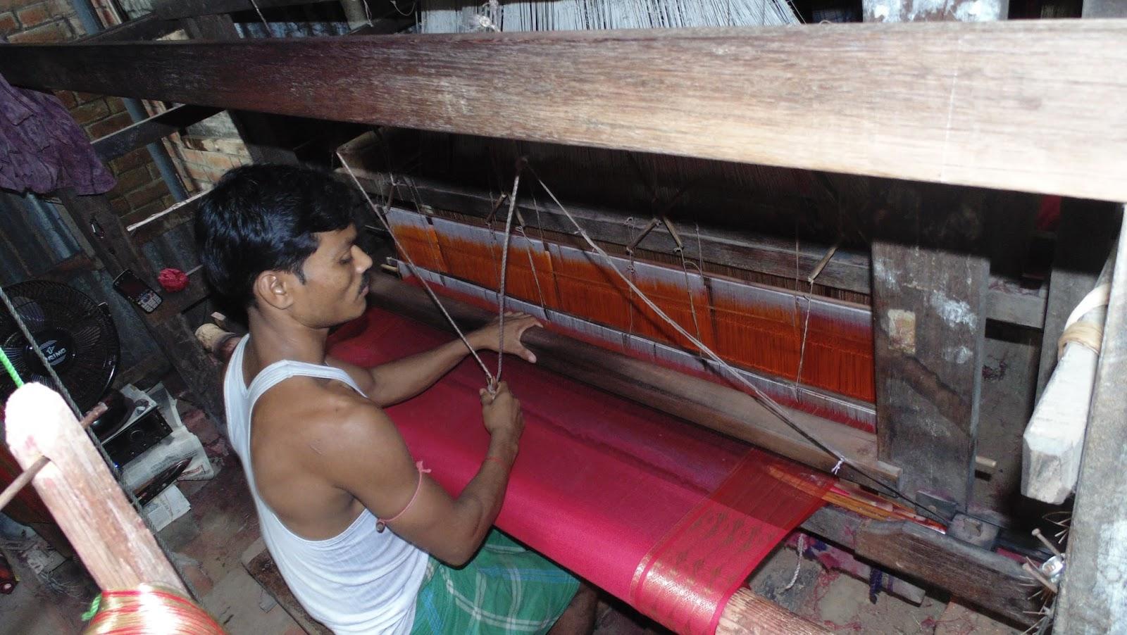 Bengal Home Industries Association, Bengal's handloom and handicraft, British-ruled India, e-commerce, bileti jinish,