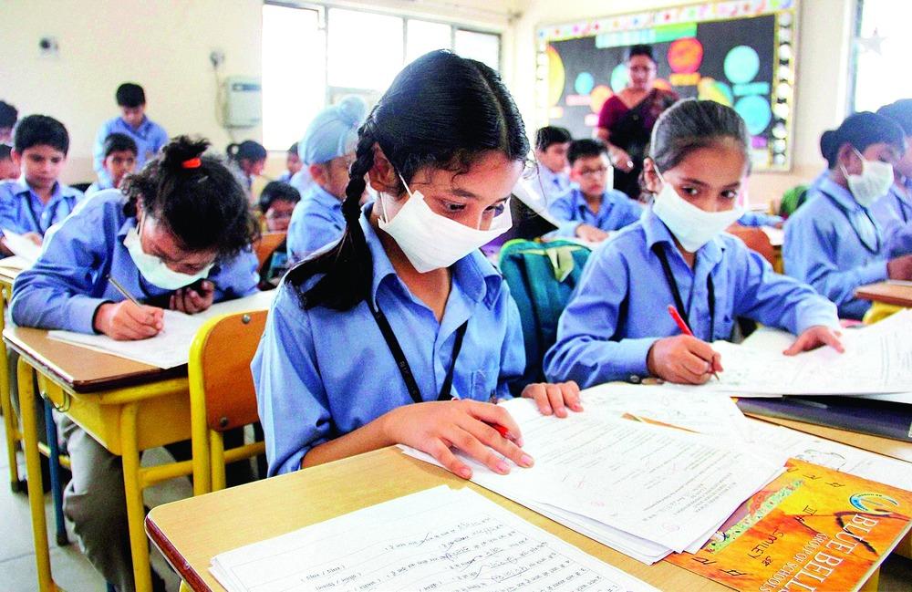 Delhi, Gurgaon, Noida, Smog, Delhi Smog, Air Quality, Masks, Pollution level,