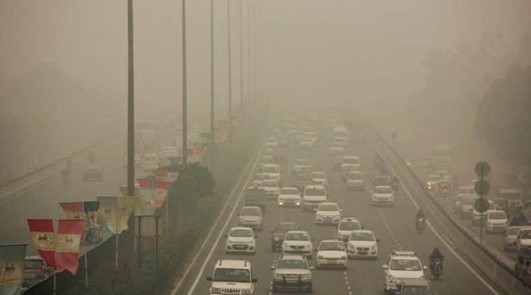 WHO, Delhi NCR, Green crackers, pollution, air quality index, hazardous pollutants, smoking, wheezing, respiratory issues, Gurugram, cracker ban, Supreme court, india, NewsMobile