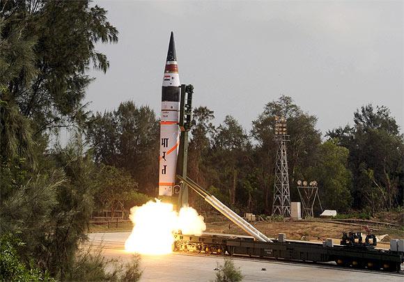 Agni-5, Odisha, India, surface-to-surface, nuclear capable, ballistic missile