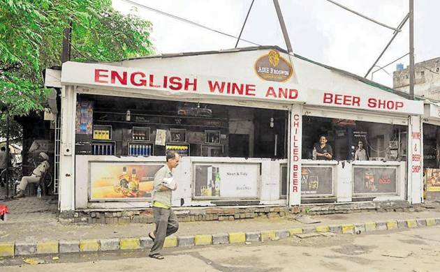 Supreme Court, liquor shops, highways, apex court, Liquor shops, 500 metres, Chief Secretary