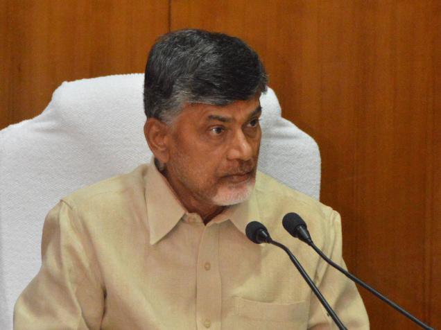 Andhra CM, Chandrababu Naidu, pressure, Centre, Special Status, Chief Minister, Andhra Pradesh, New Delhi, Prime Minister, Narendra Modi, BJP, NewsMobile, Mobile News, India, Politics