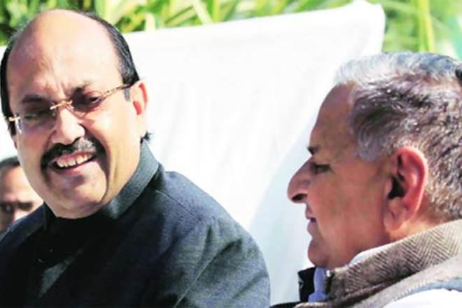 X Samajwadi Party leader Amar SinghX Chief Minister Akhilesh Yadav