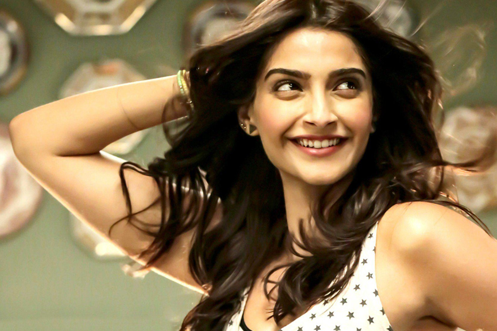 Bollywood actress, Sonam Kapoor, Best Actress Award, Neerja, terrorists,