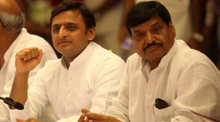 Battle for State, Uttar Pradesh, Chief Minister. Akhilesh Yadav, Samajwadi Party, Shivpal Yadav, Amar Singh, Mulayam Singh Yadav