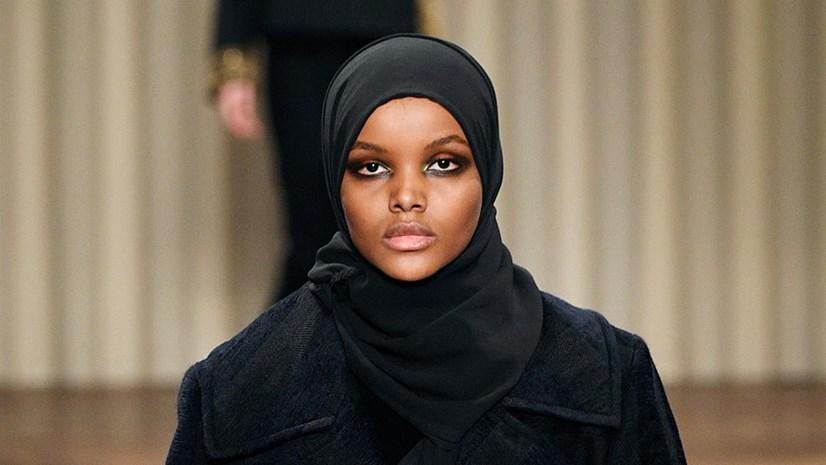 Halima AdenX hijabX InstagramX MilanX New York Fashion Week