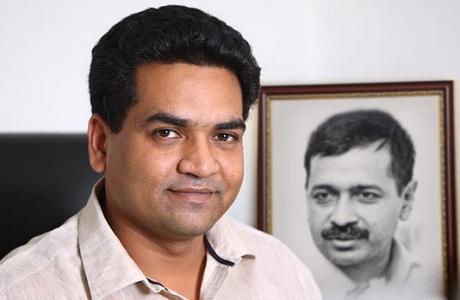 Vijay Goel, Kapil Mishra, AAP, BJP, Arvind Kejriwal, Delhi, Government, Politics, NewsMobile, Mobile News, India