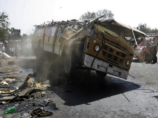 42 injured, bus, Dindori, Madhya Pradesh, accident, local news