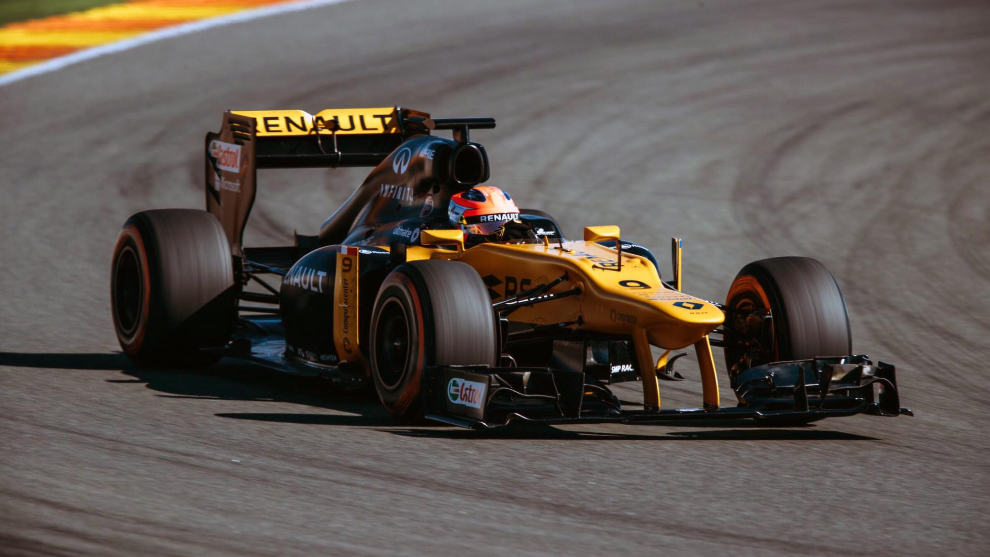 Robert kubica returns to a formula one car newsmobile for Kubica cars