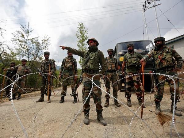 Jammu and Kashmir, Police, Jammu and Kashmir Police, Hizb-ul-Mujahideen, Handwara