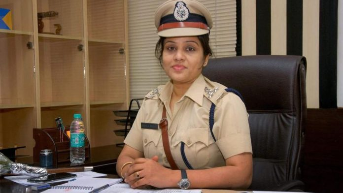 IPS officer, D. Roopa Moudgil, IPS, Power Buzz, NewsMobile, Mobile News, India