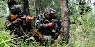 Five, terrorists, neutralised, encounter, Shopian, Jammu and Kashmir, Pakistan, Newsmobile, Mobile News, India