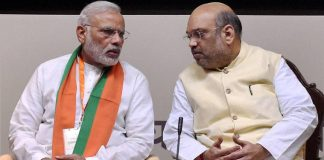 Fast, Protest, Opposition, Defence Expo, Karnataka, Amit Shah, Prime Minister, Narendra Modi, BJP, Congress, Parliament, Politics, NewsMobile, Mobile News, India