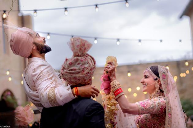 Virat Kohli and Anushka Sharma are 'Just married'