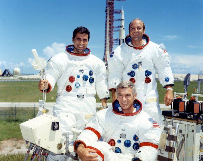 Apollo 17, moon, Commander Eugene A. Cernan,Command Module Pilot Ronald E. Evans,Lunar Module Pilot Harrison P. Schmitt, NASA, December 11 1972