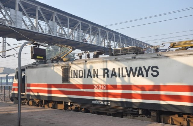 Train, Indian Railways, Time, Punctuality, NewsMobile, Nation, Global Traveller, Mobile News, India