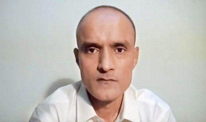 Kulbhushan Jadhav, meet, wife, mother, Pakistan, NewsMobile, Mobile News, India