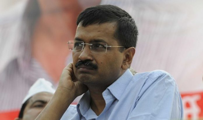 Arvind Kejrival, President, AAP, MLA, Attacked, News Mobile, News Mobile India