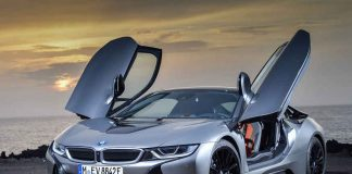2019 BMW i8 Coupe and Roadster 1st edition debut at Detroit Auto Show
