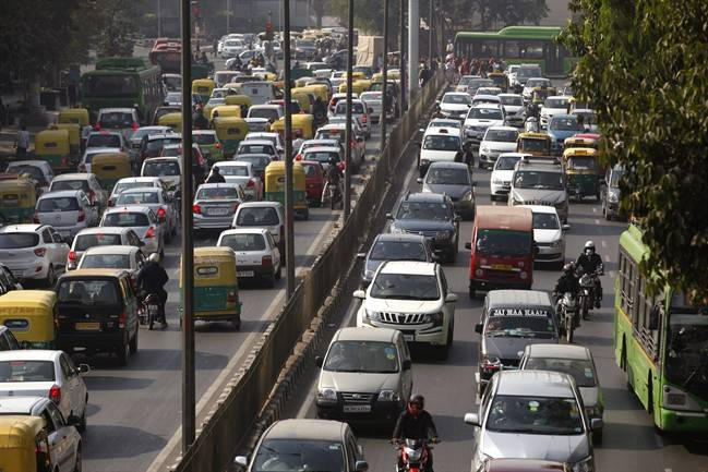 Traffic Jam, Delhi, Restrictions, Republic Day, ASEAN Summit, NewsMobile, CityScape