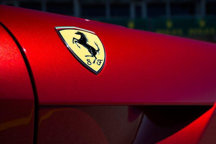 Ferrari, testing, gasoline, electric, hybrid, car, Supercar, CEO, Sergio Marchionne, NewsMobile, Mobile News, India