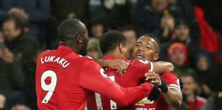 Martial, Pogba help Man Utd close in on leaders Man City