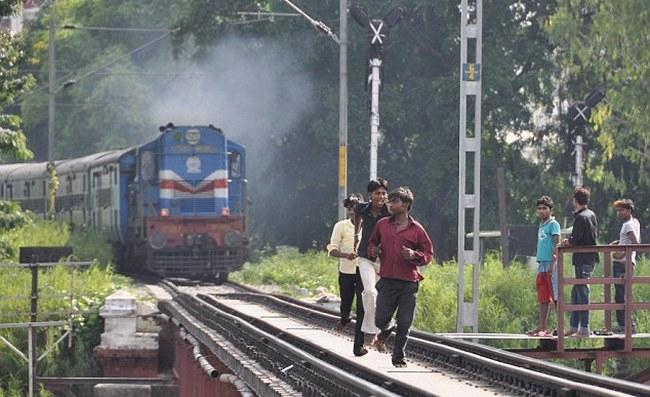 Railways, predict, wait list, ticket, confirmed, Train, IRCTC, NewsMobile, Mobile news, India