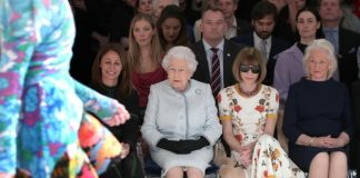 Queen Elizabeth, London, Fashion Week, NewsMobile, Mobile News India