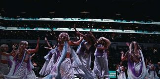 NBA, Basketball, Ghoomar, Performance, Dance, USA, US, NewsMobile, Sports, Entertainment