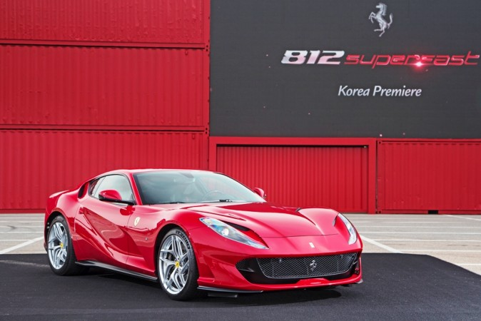 Ferrari, 812 Superfast, launch, India, ₹5.2 crore, NewsMobile, Mobile News, India