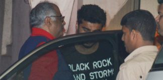 Arjun Kapoor, Boney Kapoor, Jahnvi, Dinner, Date, Family, NewsMobile, Mobile News, Entertainment, Bollywood