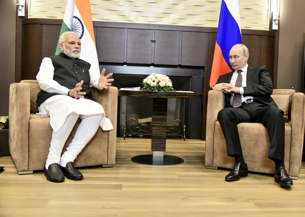 Prime Minister, Narendra Modi, Sochi, Russia, President, Vladimir Putin, NewsMobile, Mobile News, India