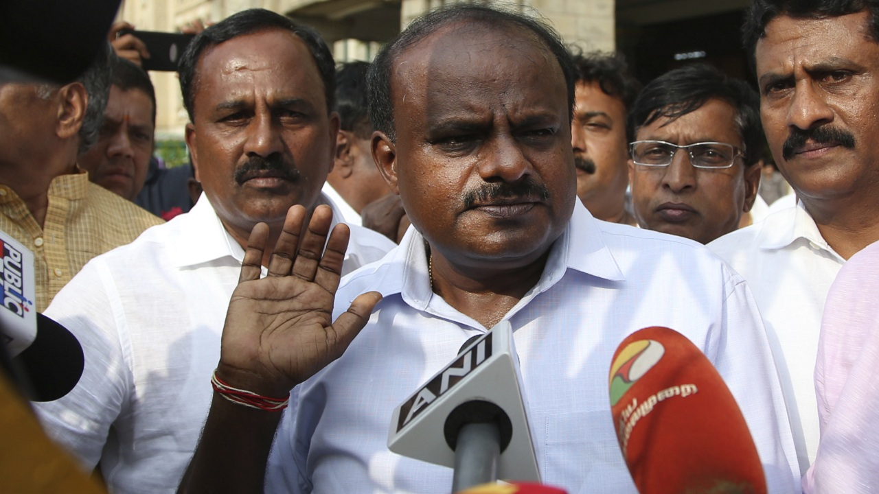 Kumaraswamy, Congress, MLA, Ramalinga Reddy, Karnataka, Crisis, Politics, newsMobile, Mobile, News, India
