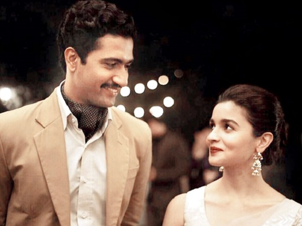 Alia Bhatt, Raazi, Milestone, 100 Crore Club, Vicky Kaushal, NewsMobile, Entertainment, Bollywood, Mobile News, India