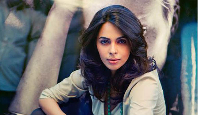 Mallika Sherawat to bring 'The Good Wife' to India