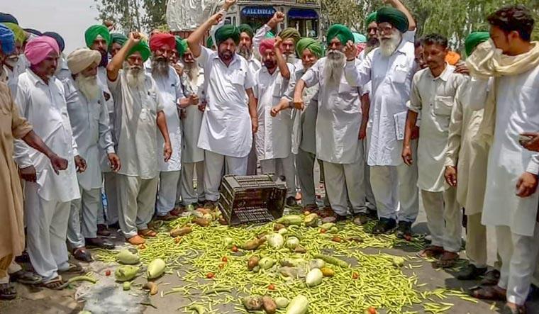 Farmers' strike, Manohar Lal Khattar, Balkrishna Patidar,Kisan Ekta Manch,Rashtriya Kisan Maha Sangh, farmers protest,