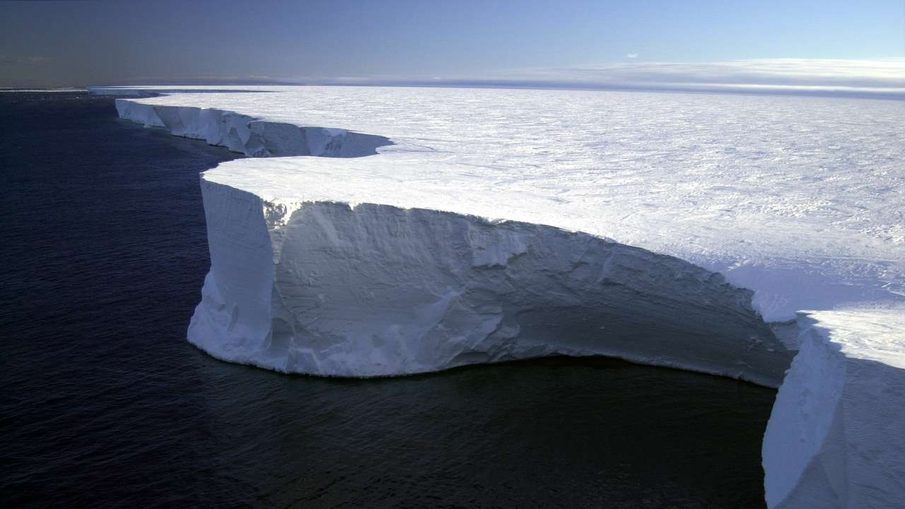 World's largest iceberg disappears after 18 years