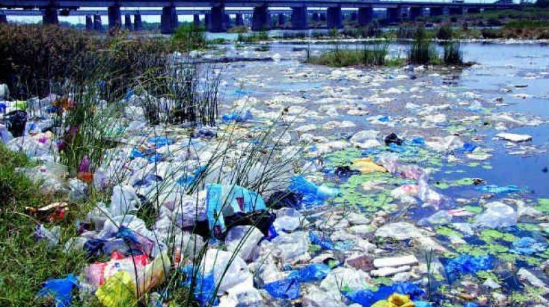 Maharashtra government bans plastic completely