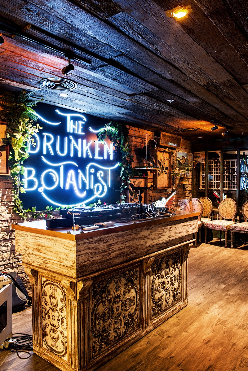 An afternoon at The Drunken Botanist Gurugram