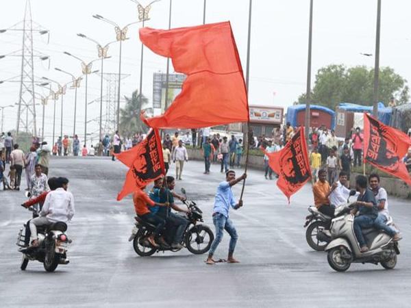 Maratha Kranti Morcha, calls off, Mumbai, bandh, maharashtra, Newsmobile, Mobile News, India