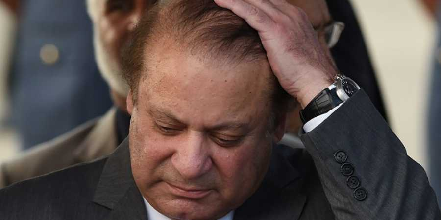 Former, Pakistan, Prime Minister, Nawaz Sharif, 7 year, Jail, NewsMobile, Mobile, News, India